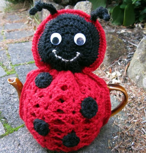 Ladybug Tea Cosy - 1 - 2 cup - made to order